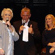 Corrie Konings 35 jaar in vak, Annie de Reuver, Ivo en Corry