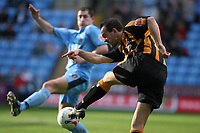 Photo: Pete Lorence.<br />Coventry City v Hull City. Coca Cola Championship. 03/03/2007.<br />Stuart Elliott fires the ball in on goal.