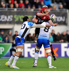 Alistair Hargreaves (Saracens) offloads the ball - Photo mandatory by-line: Patrick Khachfe/JMP - Tel: Mobile: 07966 386802 18/01/2014 - SPORT - RUGBY UNION - Allianz Park, London - Saracens v Connacht Rugby - Heineken Cup.
