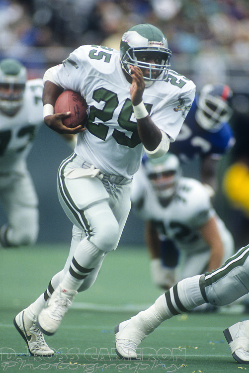 Philadelphia Eagles running back Anthony Toney sprints for some of his 67 yards on the day against the New York Giants during an NFL football game, Sunday, Oct. 8, 1989 at Veterans Stadium in Philadelphia, Pa. The Eagles won, 21-19. (Photo by D. Ross Cameron)