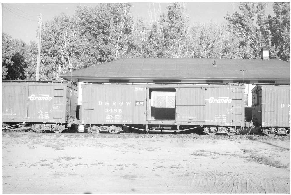 Side view of box car #3486.<br /> D&RGW