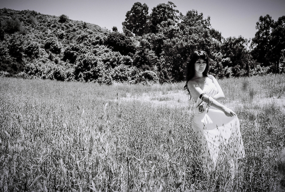 Viana Julia Photography A Walk in the Park. Black and White
