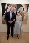 DAVID CICLITARA; DOWAGER VISCOUNTESS ROTHERMERE, Korean Eye Dinner  hosted by The Dowager Viscountess Rothermere and Simon De Pury.Sponsored by CJ, Korean Food Globalization Team, Hino Consulting and Visit Korea Committee. Phillips de Pury Space, Saatchi Gallery.  Sloane Sq. London. 2 July 2009.