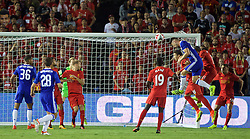 PASADENA, USA - Wednesday, July 27, 2016: Chelsea's Gary Cahill scores the only goal of the game against Liverpool during the International Champions Cup 2016 game on day seven of the club's USA Pre-season Tour at the Rose Bowl. (Pic by David Rawcliffe/Propaganda)