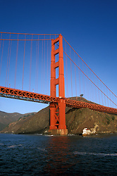 California: San Francisco.  Golden Gate Bridge.  Photo #: caggbr101..Photo copyright Lee Foster, 510/549-2202, lee@fostertravel.com, www.fostertravel.com