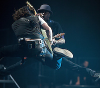 Tomi Martin and Dan Kanter in San Antonio, TX during the My World Tour. (MANDATORY CREDIT:  Robert Caplin / PSG)  **EXCLUSIVE : DOUBLE SPACE RATES APPLY.  CALL 646.325.3221 PRIOR TO PUBLICATION** Tomi Martin<br /> <br /> Photo © Robert Caplin<br /> robert@robertcaplin.com