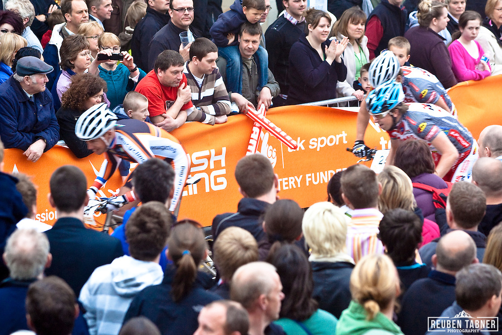 The 2010 Mountain Bike World Cup gets under way with the Pro Sprint Eliminator through the streets of Pickering, North Yorkshire.