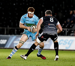 2nd November, Liberty Stadium , Swansea, Wales ; Guinness pro 14's Ospreys Rugby v Glasgow Warriors ;  Rob Harley of Glasgow Warriors under pressure from Rob McCusker of Ospreys<br /> <br /> Credit: Simon King/News Images<br /> <br /> Photographer Simon King/Replay Images<br /> <br /> Guinness PRO14 Round 8 - Ospreys v Glasgow Warriors - Friday 2nd November 2018 - Liberty Stadium - Swansea<br /> <br /> World Copyright © Replay Images . All rights reserved. info@replayimages.co.uk - http://replayimages.co.uk