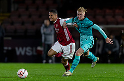LONDON, ENGLAND - Friday, October 30, 2020: Liverpool's Luis Longstaff (R) and Arsenal's William Saliba during the Premier League 2 Division 1 match between Arsenal FC Under-23's and Liverpool FC Under-23's at Meadow Park. Liverpool won 1-0. (Pic by David Rawcliffe/Propaganda)