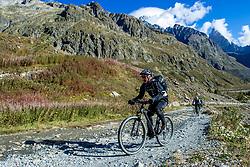 16-09-2017 FRA: BvdGF Tour du Mont Blanc day 7, Beaufort<br /> De laatste etappe waar we starten eindigen we ook weer na een prachtige route langs de Mt. Blanc / Eelco