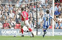 Photo: Paul Thomas.<br /> Nottingham Forest v Huddersfield. Coca Cola Championship.<br /> 06/08/2005.<br /> <br /> Scott Dobie scores for Forest.