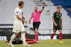Dommer Benjamin Willaume-Jantzen under kampen i 3F Superligaen mellem FC København og AaB den 17. juni 2020 i Telia Parken, København (Foto: Claus Birch).