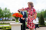 APELDOORN, 03-06-2021,  Paleis Het Loo<br /> <br /> Prinses Margriet doopt Invictus Games Tulp <br /> <br /> Prinses Margriet heeft de officiele Invictus Games Den Haag 2020 Tulp gedoopt in de tuin van Paleis Het Loo in Apeldoorn. De Invictus Games is een internationaal sportevenement voor militairen die door of tijdens de dienst gewond raakten. Prinses Margriet is erevoorzitter van het comité van aanbeveling Invictus Games Den Haag. Brunopress/POOL/Wesley de Wit<br /> <br /> Princess Margriet has christened the official Invictus Games The Hague 2020 Tulip in the garden of Paleis Het Loo in Apeldoorn. The Invictus Games is an international sporting event for military personnel who have been injured by or while on duty. Princess Margriet is honorary chair of the recommendation committee Invictus Games The Hague.