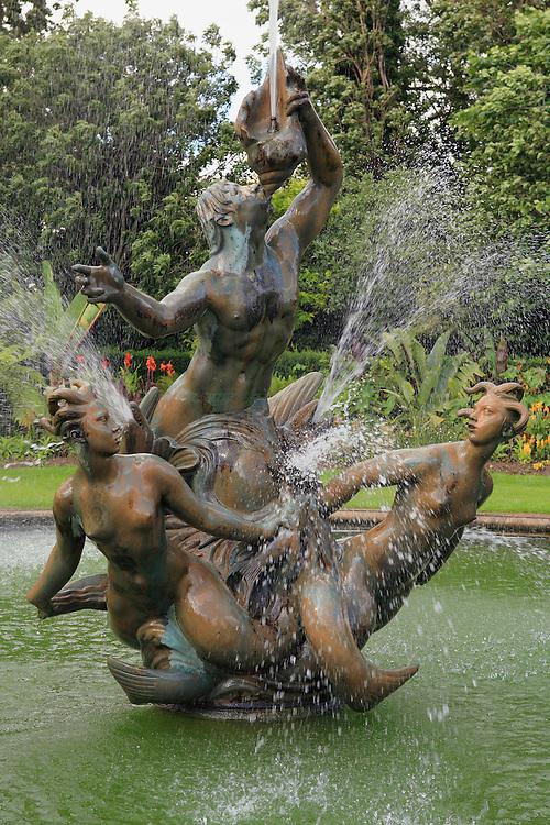 Bronze Water Fountain - Regents Park - London, UK