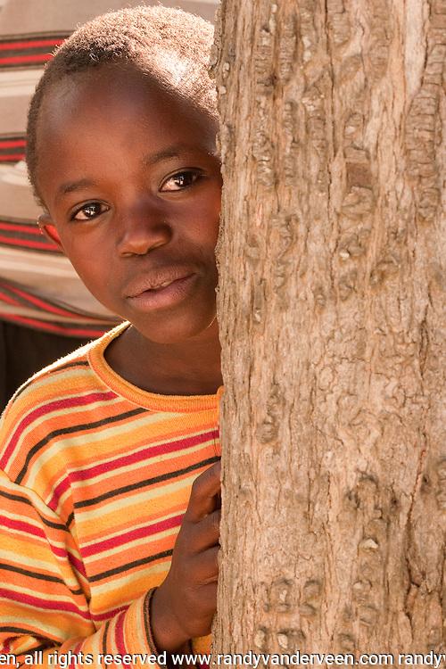 Photo Randy Vanderveen.Nyrusange, Rwanda.A Rwandan boy.