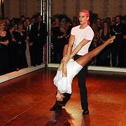 NLD/Amsterdam/20051128 - Uitreiking Beau Monde Awards 2005, dancing with the stars, Jim Bakkum en Julie Fryer