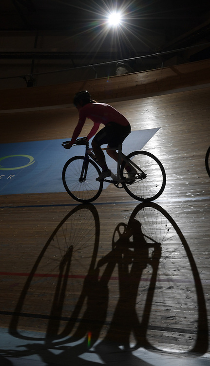11/3/165:20:08 PM --- Velodrome ----<br /> <br /> A cyclist takes the lead during a practice session at the Velo Sports Center on Thursday, Nov. 3, 2016, in Carson, Calif.<br /> <br /> Photo by Claire Rounkles, Sports Shooter Academy