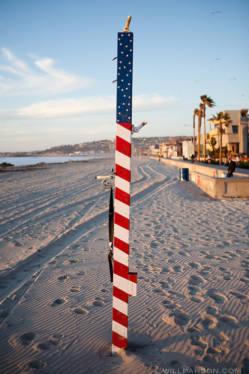 A chilly December day in San Diego didn't deter people from strolling the boardwalk in Pacific Beach.