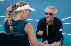 March 23, 2019 - Miami, FLORIDA, USA - Piotr Wozniacki coaches Caroline Wozniacki at the 2019 Miami Open WTA Premier Mandatory tennis tournament (Credit Image: © AFP7 via ZUMA Wire)