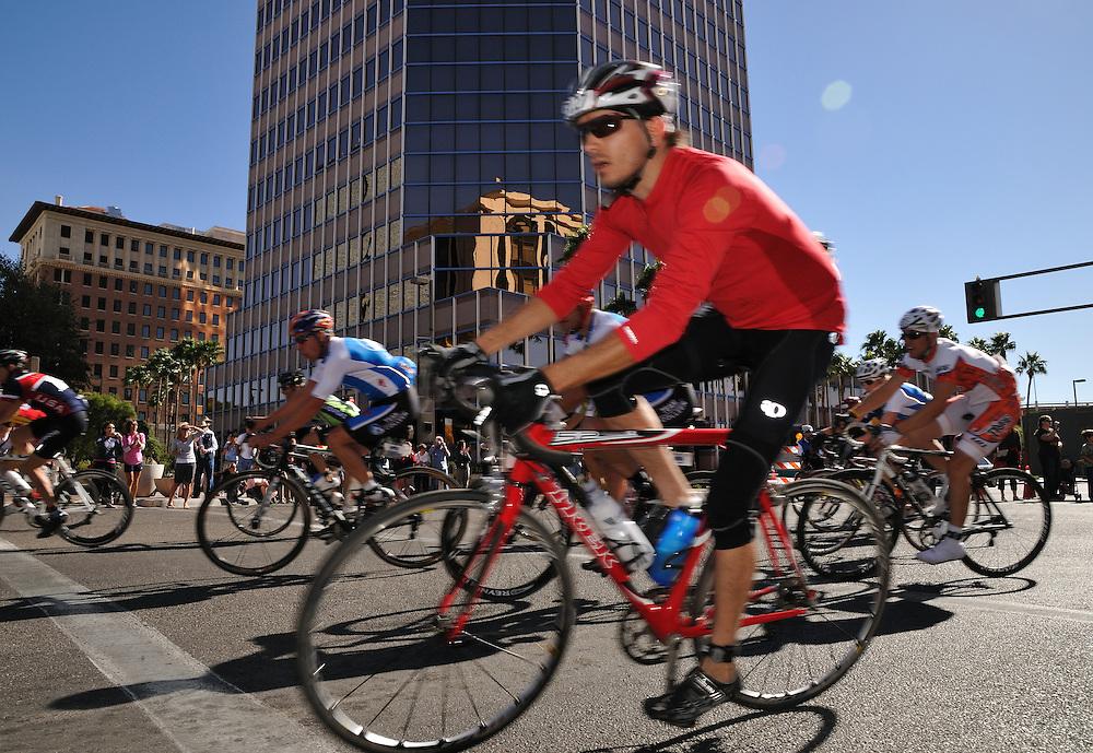 Finishers in El Tour de Tucson, November 20, 2010. Bike-tography by Martha Retallick.