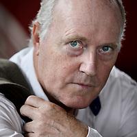 Nederland, Amsterdam , 18 september 2013.<br /> Peter Koop Tuinman (Twijzel, 15 april 1947) is een Nederlands acteur.<br /> Tuinman is ook in verschillende Friestalige films te zien, onder andere in De Dream - een verfilming uit 1985 van de Hogerhuis-zaak uit 1895 - en De Fûke (2000). In de dramaserie Dankert & Dankert van Omrop Fryslân, geïnspireerd op de tweeling Willem en Hans Anker, speelt Tuinman de dubbele hoofdrol.In 1985 kreeg hij een Gouden Kalf voor zijn rol als Wiebren Hogerhuis in De Dream.<br /> Acteur Peter Tuinman neemt de rol van De Cock op zich in de theaterversie van Baantjer. In aanwezigheid van de 65-jarige hoofdrolspeler doen enkele acteurs in november auditie voor de rol van de jonge adjudant Vledder, maakte het producentenduo Niehe Van Lambaart bekend.<br /> De voorstelling Baantjer is gebaseerd op de karakters uit de populaire boekenreeks van auteur Appie Baantjer en de gelijknamige tv-serie waarin Piet Römer de rol van Baantjer speelde. In oktober 2013 is de première.<br /> <br /> Foto:Jean-Pierre Jans