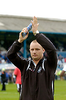 Photo: Glyn Thomas.<br />Chesterfield v Swansea City. Coca Cola League 1. 06/05/2006.<br />Swansea's Lee Trundle celebrates.