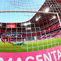 21.11.2020, Allianz Arena, Muenchen, GER,  FC Bayern Muenchen SV Werder Bremen <br /> <br /> <br />  im Bild Tor zum 0-1 durch Maximilian Eggestein (SV Werder Bremen #35) mit Manuel Neuer (FCB #1) Aufgenommen mit der Hintertor Remote Kamera <br /> <br /> <br /> Foto © nordphoto / Straubmeier / Pool/ <br /> <br /> DFL regulations prohibit any use of photographs as image sequences and / or quasi-video.