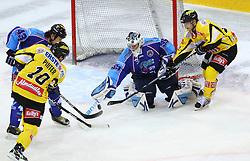 17.01.2012, Albert Schultz Halle, Wien, AUT, EBEL, UPC Vienna Capitals vs SAPA Fehervar AV19, im Bild Tamas Sille, (SAPA Fehervar AV19, #43), Philipp Pinter, (UPC Vienna Capitals, #10), Bence Balizs, (SAPA Fehervar AV19, #39) und Mario Seidl, (UPC Vienna Capitals, #82) // during the icehockey match of EBEL between UPC Vienna Capitals (AUT) and SAPA Fehervar AV19 (HUN) at Albert Schultz Halle, Vienna, Austria on 17/01/2012,  EXPA Pictures © 2012, PhotoCredit: EXPA/ T. Haumer