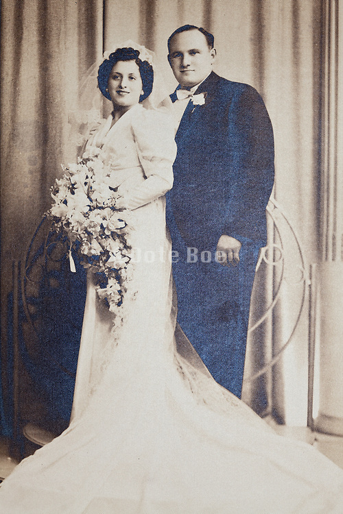 vintage formal wedding portrait with dots paper surface structure