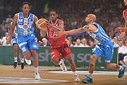 DESCRIZIONE :  Lega A 2014-15  EA7 Milano -Banco di Sardegna Sassari playoff Semifinale gara 7<br /> GIOCATORE : Ragland Joe<br /> CATEGORIA : Low Palleggio Contropiede <br /> SQUADRA : EA7 Milano<br /> EVENTO : PlayOff Semifinale gara 7<br /> GARA : EA7 Milano - Banco di Sardegna Sassari PlayOff Semifinale Gara 7<br /> DATA : 10/06/2015 <br /> SPORT : Pallacanestro <br /> AUTORE : Agenzia Ciamillo-Castoria/Richard Morgano<br /> Galleria : Lega Basket A 2014-2015 Fotonotizia : Milano Lega A 2014-15  EA7 Milano - Banco di Sardegna Sassari playoff Semifinale  gara 7<br /> Predefinita :