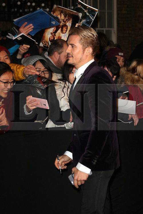© Licensed to London News Pictures. 13/11/2016. London, UK, Orlando Bloom, Evening Standard Theatre Awards, Photo credit: Richard Goldschmidt/LNP