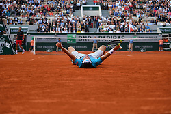 June 5, 2018 - Paris, France - MARCO CECCHINATO shocks N. Djokovic to reach semi-finals. Djokovic, 31, saved three match points and missed three set points before the world number 72 finally won. (Credit Image: © Panoramic via ZUMA Press)