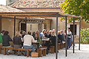 Lunching in the vineyard. Clos Saint Julien, Saint Emilion, Bordeaux, France