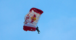 24.05.2015, Red Bull Arena, Salzburg, AUT, 1.FBL, FC Red Bull Salzburg Meisterfeier, im Bild Mitglied des Red Bull Skydive Team mit seinem Paragleiter // during the Austrian Football Bundesliga Championsship Celebration at the Red Bull Arena, Salzburg, Austria on 2015/05/24. EXPA Pictures © 2015, PhotoCredit: EXPA/ JFK