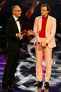 """Christoph Süß (li.) und Jan Bülow, Preisträger """"Bester Nachwuchsdarsteller"""". Verleihung des 41. Bayerischen Filmpreises 2019 am 17.01.2020 im Prinzregententheater München."""