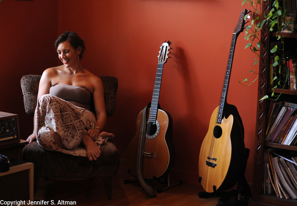 BROOKLYN, NEW YORK, JULY 12, 2011 Singer and musician Jen Chapin is seen in her home in Brooklyn, NY. Chapin's father, Harry Chapin, died in a car accident on the Long Island Expressway 30 years ago.  7/12/2011 Photo by Jennifer S. Altman/For Newsday