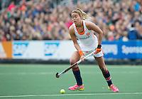 AMSTERDAM - Hockey - Maartje Paumen (Neth)   Interland tussen de vrouwen van Nederland en Groot-Brittannië, in de Rabo Super Serie 2016 .  COPYRIGHT KOEN SUYK