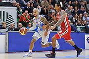 DESCRIZIONE : Campionato 2014/15 Dinamo Banco di Sardegna Sassari - Olimpia EA7 Emporio Armani Milano<br /> GIOCATORE : David Logan<br /> CATEGORIA : Palleggio Contropiede<br /> SQUADRA : Dinamo Banco di Sardegna Sassari<br /> EVENTO : LegaBasket Serie A Beko 2014/2015<br /> GARA : Dinamo Banco di Sardegna Sassari - Olimpia EA7 Emporio Armani Milano<br /> DATA : 07/12/2014<br /> SPORT : Pallacanestro <br /> AUTORE : Agenzia Ciamillo-Castoria / Luigi Canu<br /> Galleria : LegaBasket Serie A Beko 2014/2015<br /> Fotonotizia : Campionato 2014/15 Dinamo Banco di Sardegna Sassari - Olimpia EA7 Emporio Armani Milano<br /> Predefinita :