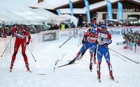 Maxim Vylegzhanin (RUR r) jubelt vor Petter Northug (NOR l) und Alexander Legkov (RUS)  (Pascal Muller/EQ Images)