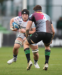 Ed Holmes of Bristol Bears runs at Dino Lamb of Harlequins - Mandatory by-line: Matt Impey/JMP - 26/12/2020 - RUGBY - Twickenham Stoop - London, England - Harlequins v Bristol Bears - Gallagher Premiership Rugby