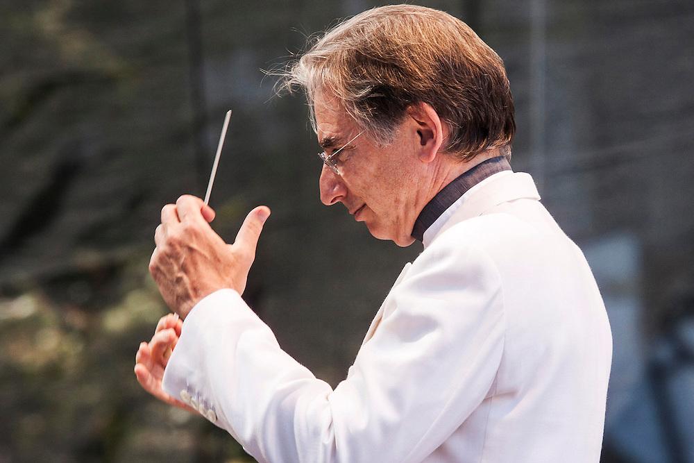 Michael Thilson Thomas conducts San Francisco Symphony