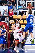 DESCRIZIONE : Bologna LNP A2 2015-16 Eternedile Bologna De Longhi Treviso<br /> GIOCATORE : Matteo negri<br /> CATEGORIA : Tiro Three Points Controcampo Ritardo<br /> SQUADRA : De Longhi Treviso<br /> EVENTO : Campionato LNP A2 2015-2016<br /> GARA : Eternedile Bologna De Longhi Treviso<br /> DATA : 15/11/2015<br /> SPORT : Pallacanestro <br /> AUTORE : Agenzia Ciamillo-Castoria/A.Giberti<br /> Galleria : LNP A2 2015-2016<br /> Fotonotizia : Bologna LNP A2 2015-16 Eternedile Bologna De Longhi Treviso