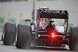 Carro do piloto alemão de Fórmula 1 Sebastian Vettel na saída dos boxes do Grande Prêmio Brasil em Interlagos, São Paulo em 7 de novembro de 2010. O resultado levou a Red Bull a ser campeão de construtores pela primeira vez. FOTO: Jefferson Bernardes/Preview.com