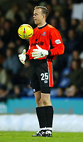 Photograph: Scott Heavey.<br />Crystal Palace v Nottingham Forest. Nationeide Division One. 13/12/2003.<br />Thomas Myhre prepares to kick