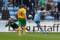 Photo: Richard Lane/Richard Lane Photography. Coventry City v Norwich City. Coca-Cola Championship. 09/08/2008. Coventry's Elliot Ward scores a goal rom a penalty.