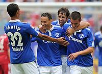 Fotball<br /> Tyskland<br /> 31.07.2010<br /> Foto: Witters/Digitalsport<br /> NORWAY ONLY<br /> <br /> 2:1 Jubel Schalke v.l. Joel Matip, Torschuetze Jermaine Jones, Raul, Christoph Moritz<br /> <br /> LIGA total Cup 2010!, FC Schalke 04 - Hambuger SV 2:1