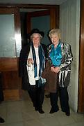 MAGGI HAMBLING; TORY LAURENCE, The Hayward Gallery 40th birthday Gala. hayward Gallery. South Bank. 9 July 2008 *** Local Caption *** -DO NOT ARCHIVE-© Copyright Photograph by Dafydd Jones. 248 Clapham Rd. London SW9 0PZ. Tel 0207 820 0771. www.dafjones.com.