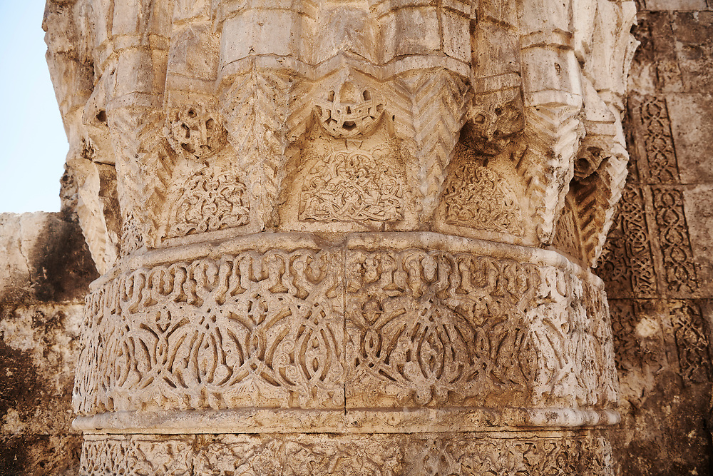 Close up of the richly decorated corner stoes of the  of Gök Medrese , Sivas, Turkey .<br /> <br /> If you prefer to buy from our ALAMY PHOTO LIBRARY  Collection visit : https://www.alamy.com/portfolio/paul-williams-funkystock/sivas-turkey.html<br /> <br /> Visit our TURKEY PHOTO COLLECTIONS for more photos to download or buy as wall art prints https://funkystock.photoshelter.com/gallery-collection/3f-Pictures-of-Turkey-Turkey-Photos-Images-Fotos/C0000U.hJWkZxAbg