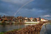Rzeka Wisła na Salwatorze w Krakowie, Polska<br /> Vistula river on Salwator in Cracow, Poland