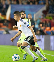 Valencia's Joao Cancelo and KAA Gent's Kenneth Saief during Champions league match. October 20, 2015. (ALTERPHOTOS/Javier Comos)